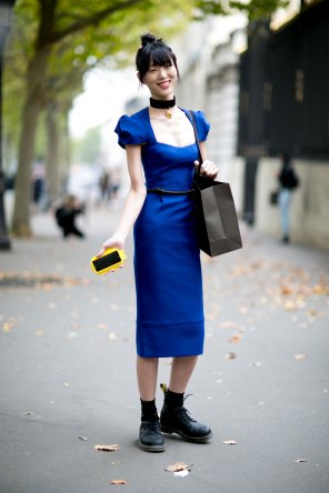 Paris-fashion-week-street-style-day-6-october-2015-the-impression-043