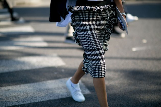 Paris-fashion-week-street-style-day-6-october-2015-the-impression-112