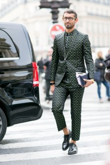 Paris-fashion-week-street-style-day-7-october-15-the-impression-35