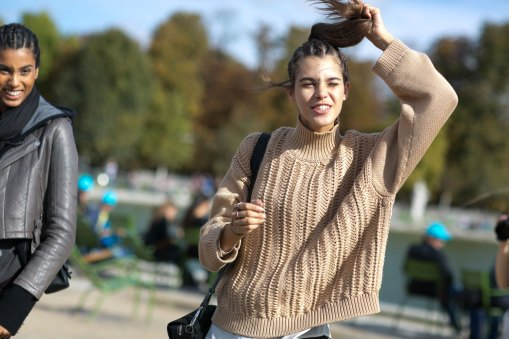 Paris-fashion-week-street-style-day-7-october-2015-the-impression-021