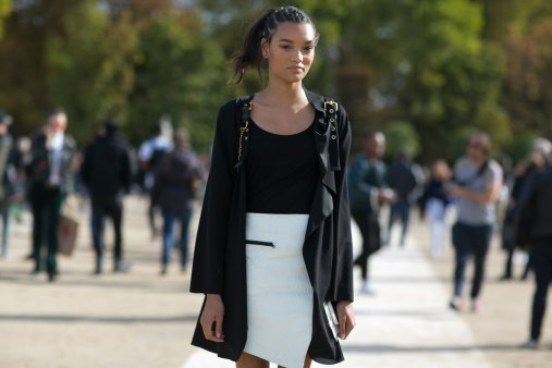 Paris-fashion-week-street-style-day-7-october-2015-the-impression-023