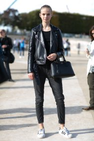 Paris-fashion-week-street-style-day-7-october-2015-the-impression-031