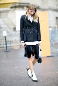 Paris-fashion-week-street-style-day-7-october-2015-the-impression-054