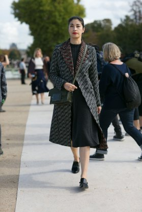 Paris-fashion-week-street-style-day-7-october-2015-the-impression-078