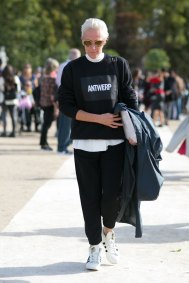 Paris-fashion-week-street-style-day-7-october-2015-the-impression-098
