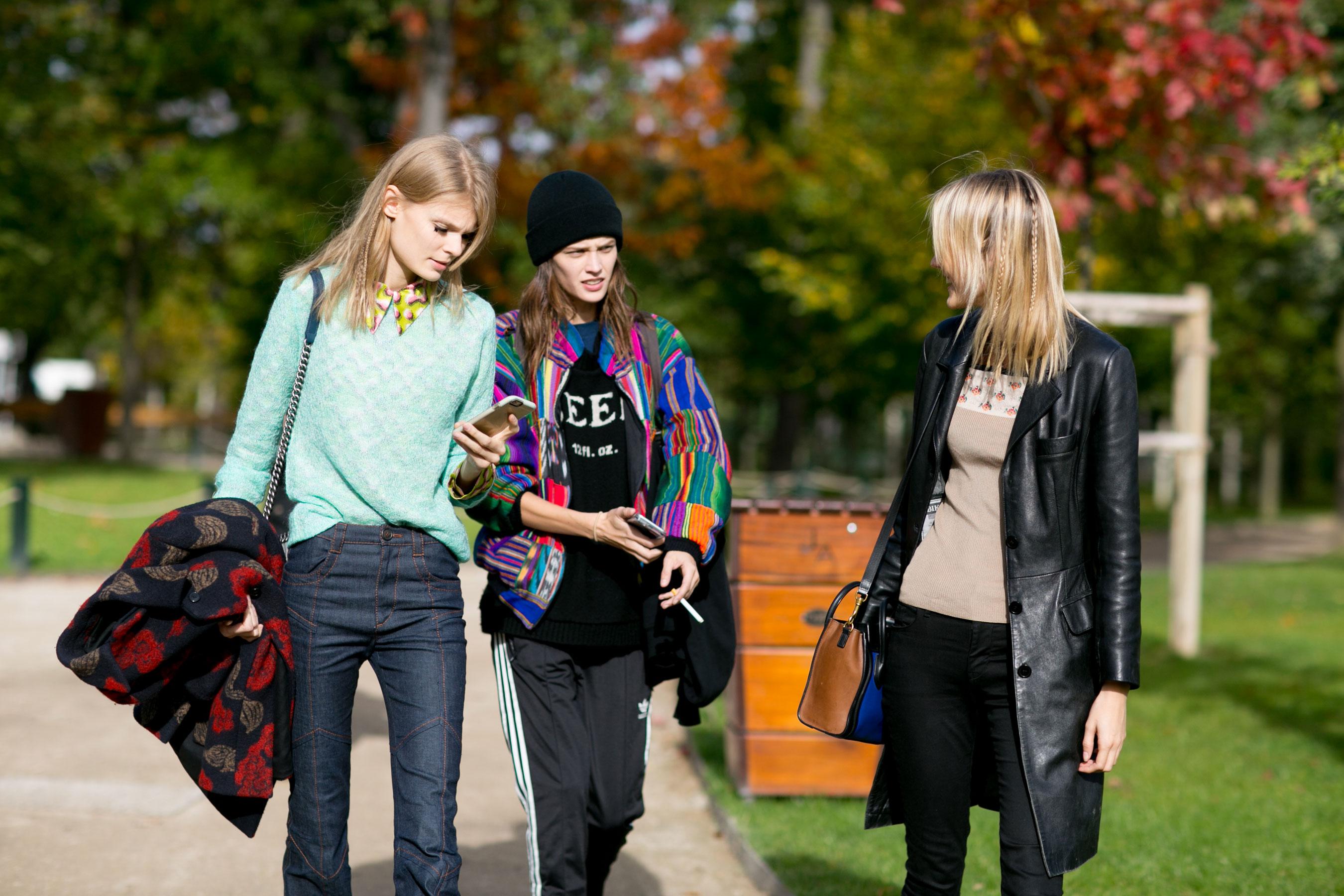 Paris-fashion-week-street-style-day-9-october-2015011