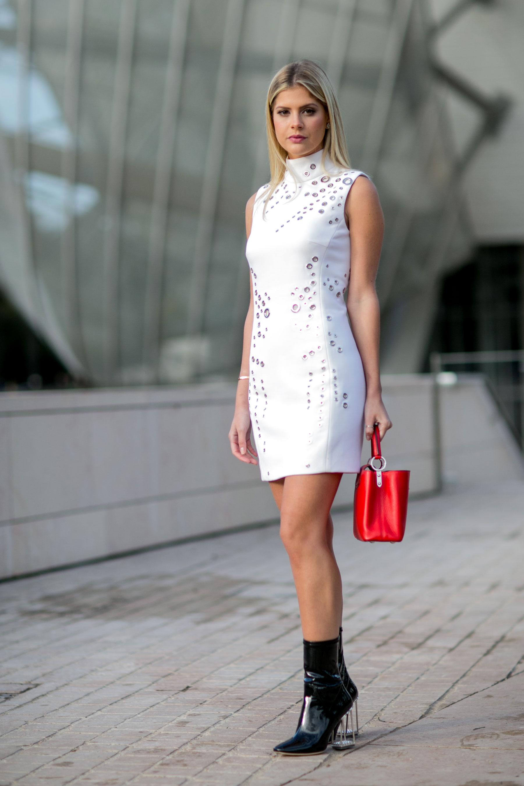 Paris-fashion-week-street-style-day-9-october-2015060