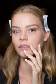 Prabal-Gurung-beauty-spring-2016-fashion-show-the-impression-46