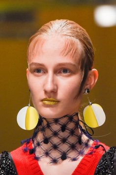 Prada-spring-2016-runway-beauty-fashion-show-the-impression-033