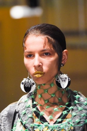 Prada-spring-2016-runway-beauty-fashion-show-the-impression-046