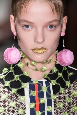 Prada-spring-2016-runway-beauty-fashion-show-the-impression-064