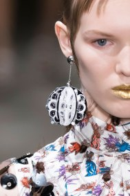 Prada-spring-2016-runway-beauty-fashion-show-the-impression-082