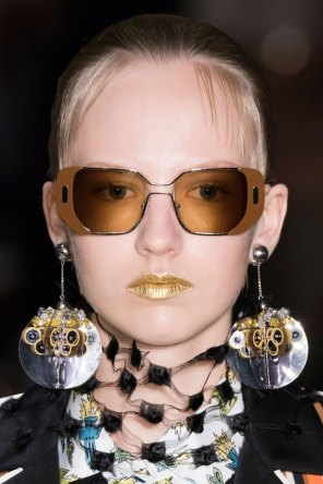 Prada-spring-2016-runway-beauty-fashion-show-the-impression-094
