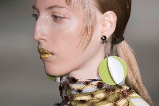 Prada-spring-2016-runway-beauty-fashion-show-the-impression-106