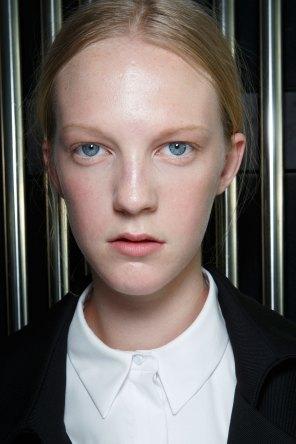Preen-by-Thornton-Bregazzi-beauty-spring-2016-fashion-show-the-impression-012