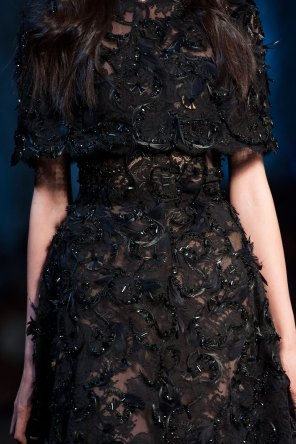 RALPH-and-RUSSO-close-ups-fall-2015-couture-the-impression-061