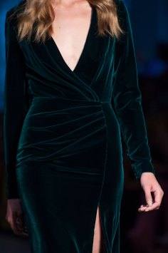 RALPH-and-RUSSO-close-ups-fall-2015-couture-the-impression-086