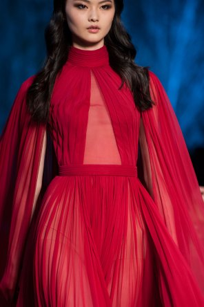 RALPH-and-RUSSO-close-ups-fall-2015-couture-the-impression-090