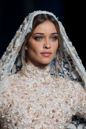 RALPH-and-RUSSO-close-ups-fall-2015-couture-the-impression-098