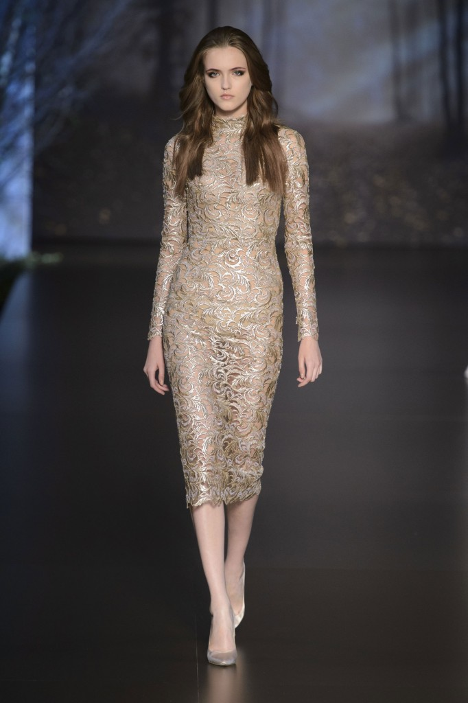 RALPH-and-RUSSO-fall-2015-couture-the-impression-009