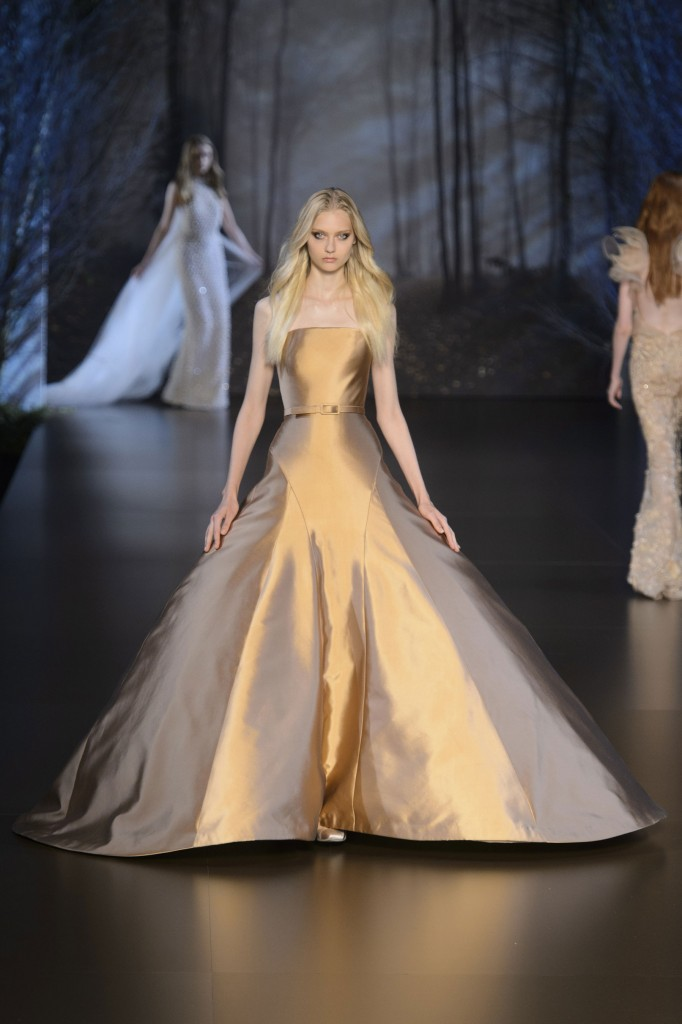 RALPH-and-RUSSO-fall-2015-couture-the-impression-017