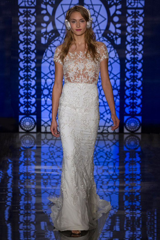 Reem-Acra-fall-2016-bridal-fashion-show-the-impression-23