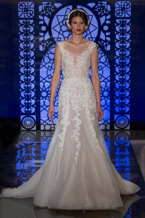 Reem-Acra-fall-2016-bridal-fashion-show-the-impression-24