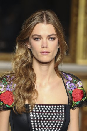 Roccobarocco-spring-2016-runway-beauty-fashion-show-the-impression-30