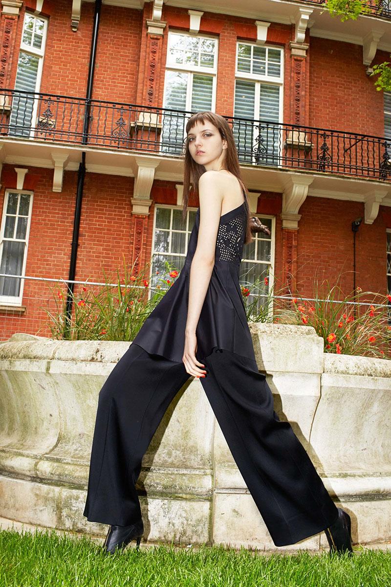 Roland-Mouret-resort-2017-fashion-show-the-impression-19