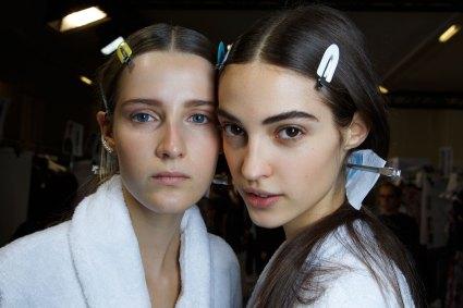 Sacai-spring-2016-beauty-fashion-show-the-impression-16