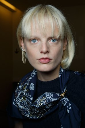 Sacai-spring-2016-beauty-fashion-show-the-impression-25
