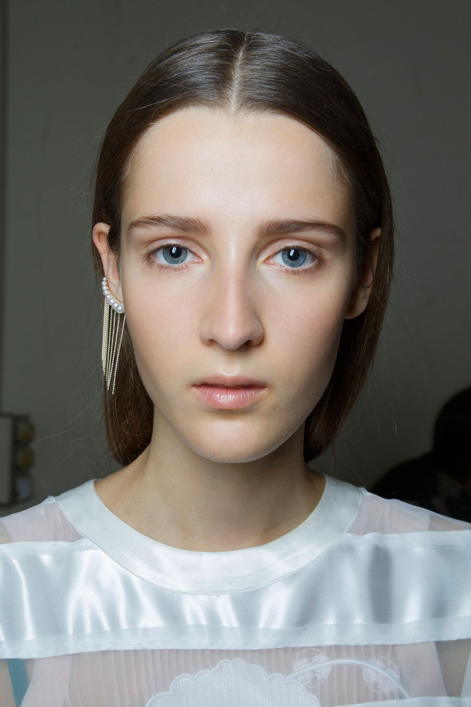 Sacai-spring-2016-beauty-fashion-show-the-impression-32