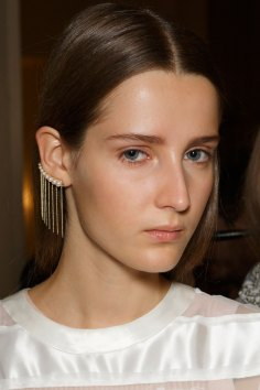 Sacai-spring-2016-beauty-fashion-show-the-impression-71