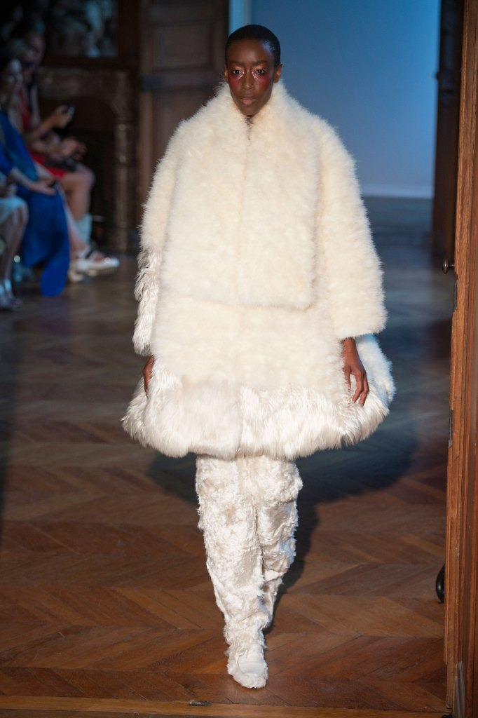 Serkan-Cura-fall-2015-couture-show-the-impression-011