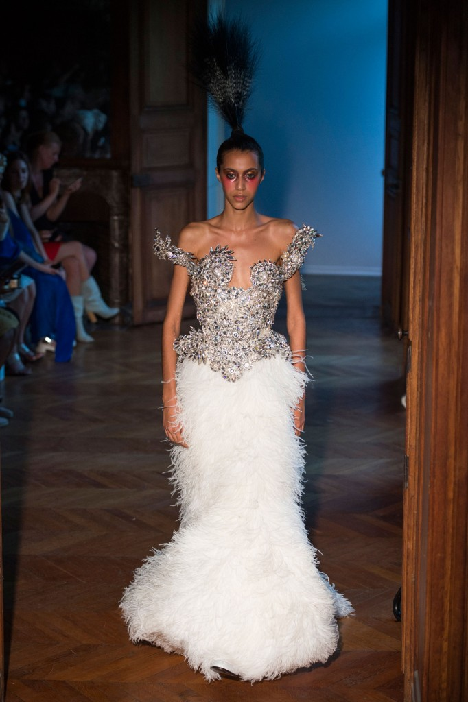 Serkan-Cura-fall-2015-couture-show-the-impression-020