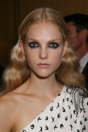 Sonia-Rykiel-spring-2016-beauty-fashion-show-the-impression-034