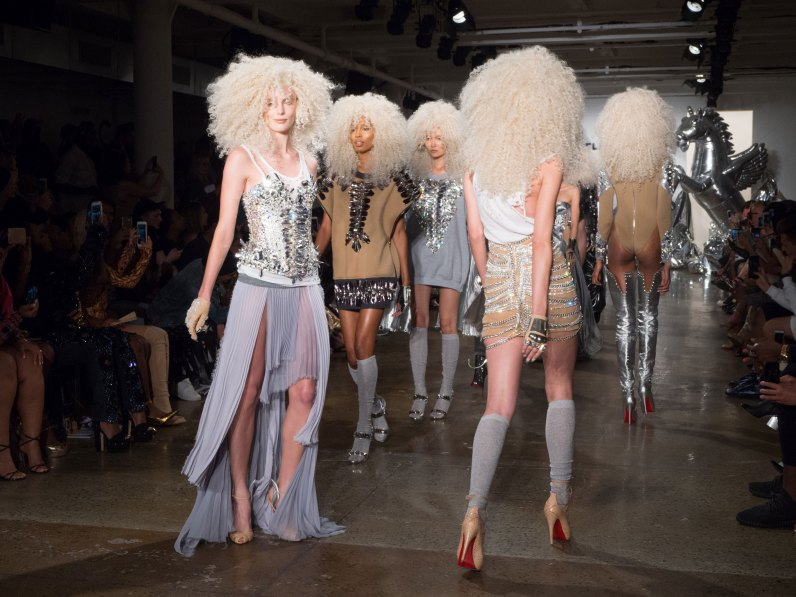 The Blonds atm RS17 0189