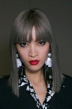 Topshop-Unique-beauty-spring-2016-fashion-show-the-impression-001