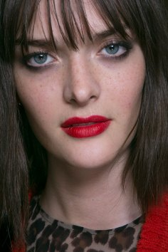 Topshop-Unique-beauty-spring-2016-fashion-show-the-impression-063