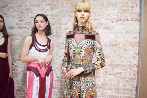 Valentino-resort-2018-backstage-fashion-show-the-impression-028