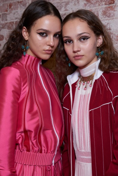 Valentino-resort-2018-beauty-fashion-show-the-impression-22
