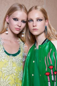 Valentino-resort-2018-beauty-fashion-show-the-impression-24
