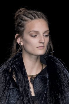 Valentino-spring-2016-runway-beauty-fashion-show-the-impression-04