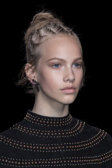 Valentino-spring-2016-runway-beauty-fashion-show-the-impression-05