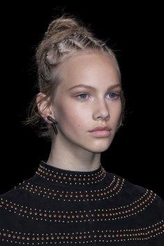 Valentino-spring-2016-runway-beauty-fashion-show-the-impression-05