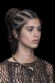 Valentino-spring-2016-runway-beauty-fashion-show-the-impression-09
