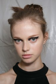 Vionnet-spring-2016-beauty-fashion-show-the-impression-35