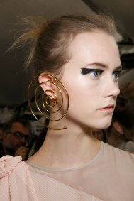 Vionnet-spring-2016-beauty-fashion-show-the-impression-44