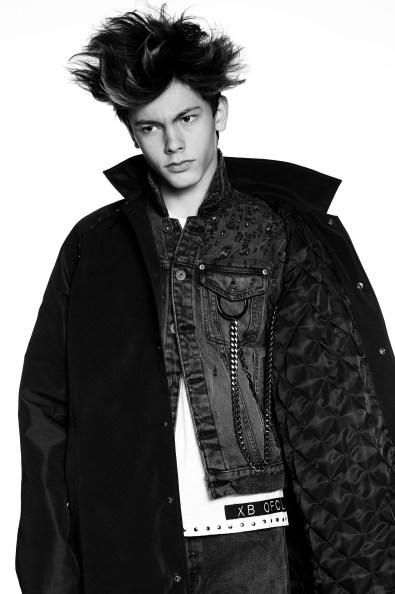 XB-OFCL-by-Brandon-Sun-fall-2017-fashion-show-the-impression-08