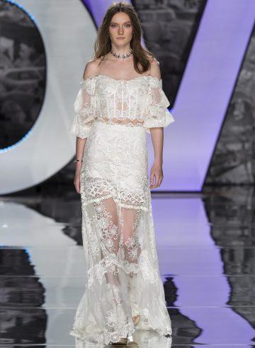 Yolancris Spring 2018 Bridal Fashion Show, Barcelona Fashion Week, TheImpression.com - Fashion news, runway, street style, models, bridal